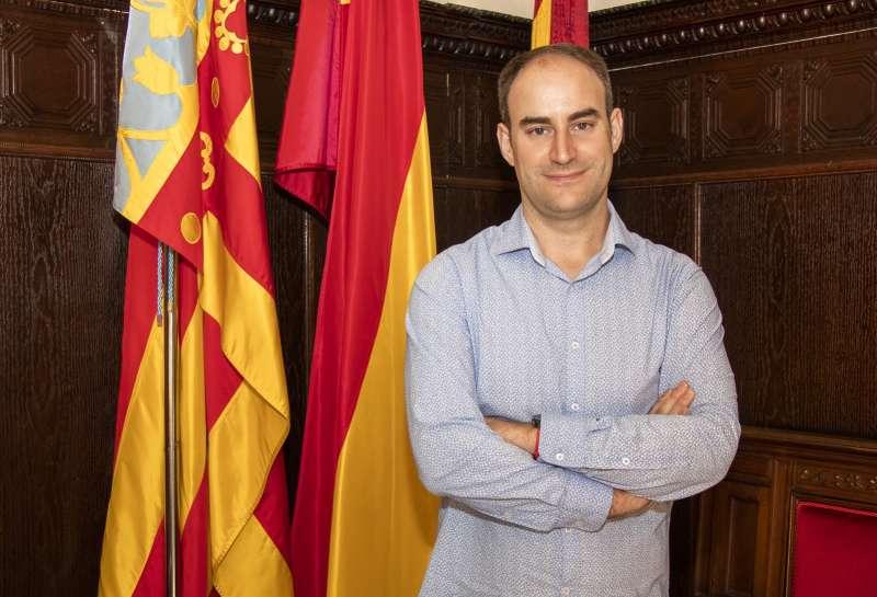 Javier Raro.