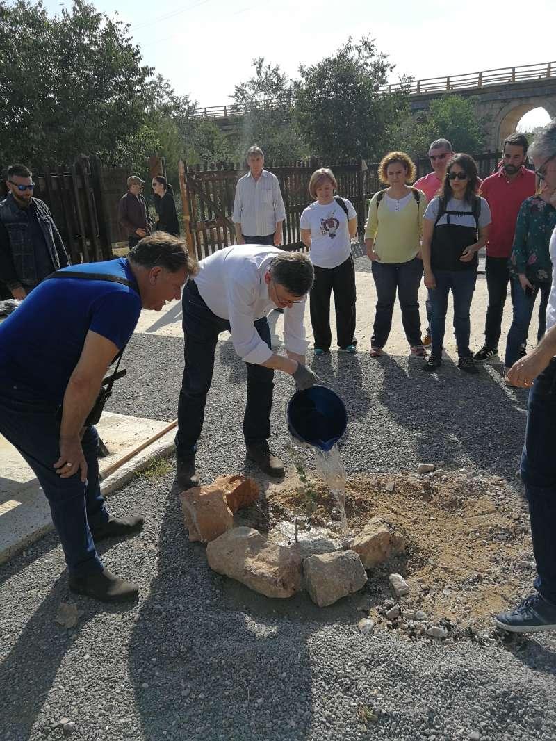 Ximo Puig en Riba-roja con motivo de la celebración del Día Mundial de Medio Ambiente.