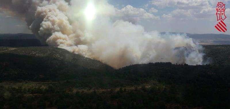 Imagen del incendio de Beneixama facilitada por el 112 Comunitat Valenciana
