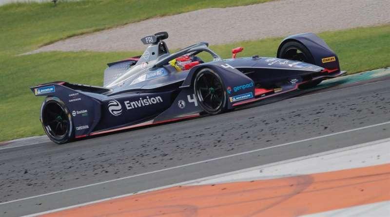 El piloto holandés Robin Frijns (Envision Virgin Racing) durante la segunda jornada de los test de Fórmula E. Foto cedida por el Circuit.