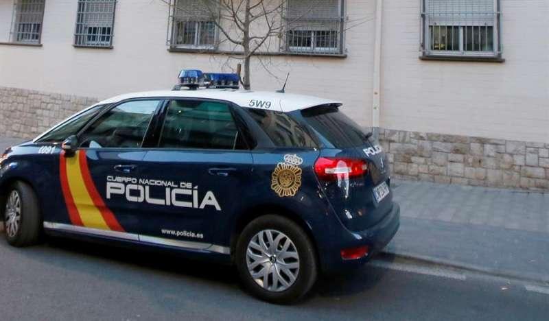 Un coche de PolicíaEFE/Manuel Lorenzo/Archivo