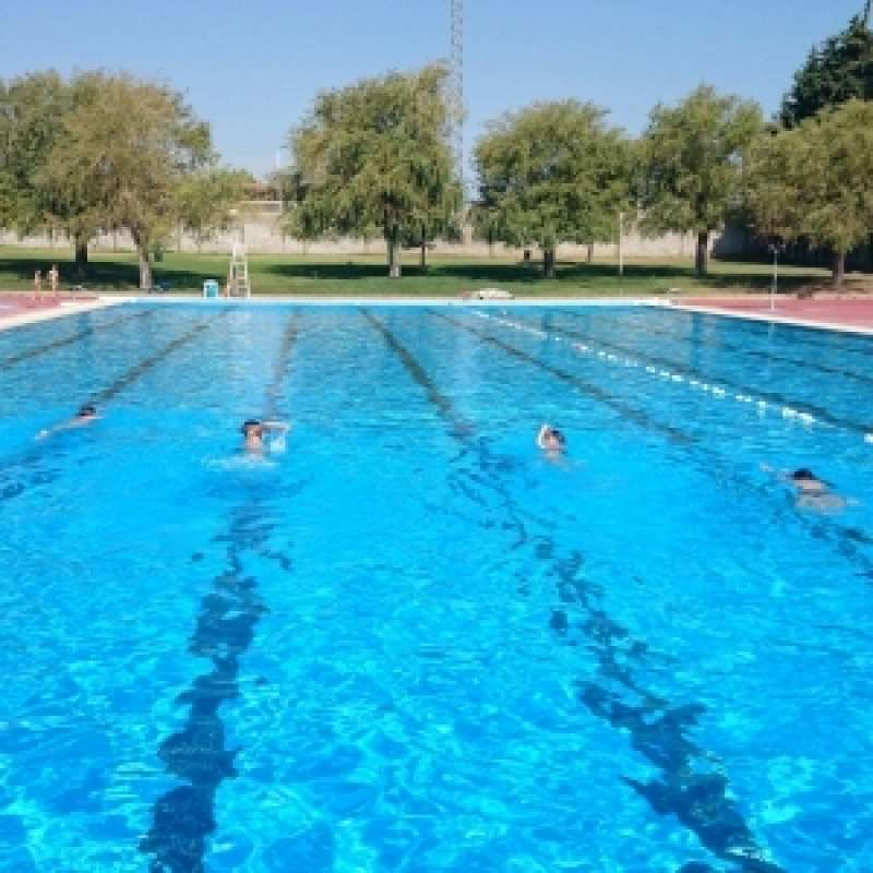 Imagen de archivo de una piscina. EPDA