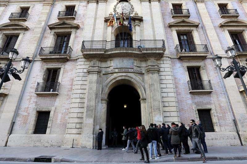 Entrada principal a la sede del Tribunal Superior de Justicia de la Comunitat Valencia. EFE/Archivo
