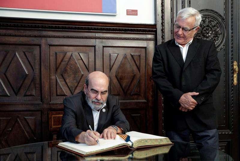 El alcalde de València, Joan Ribó, recibe al director general de la FAO, Graziano da Silva. EFE