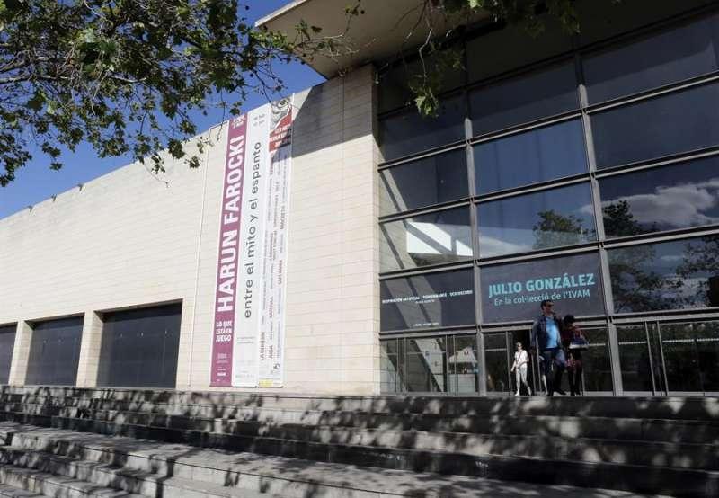 Vista exterior del Instituto Valenciano de Arte Moderno (IVAM). EFE/Juan Carlos Cárdenas