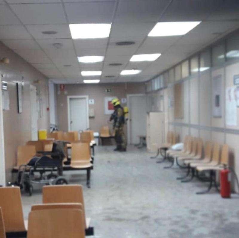El pasillo del consultorio, en una imagen del Consorcio de Bomberos.