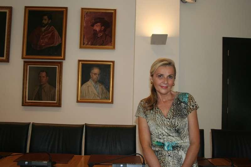 Nataliia Gil. EPDA