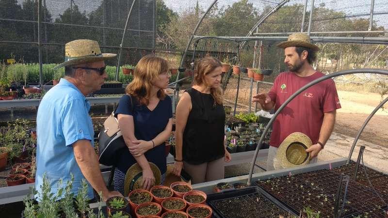 Visita de Elena Cebrián al CIEF de Quart de Poblet.