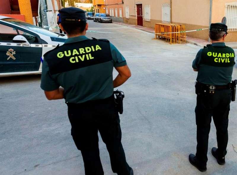 La Guardia Civil en el escenario de un suceso. - EFE