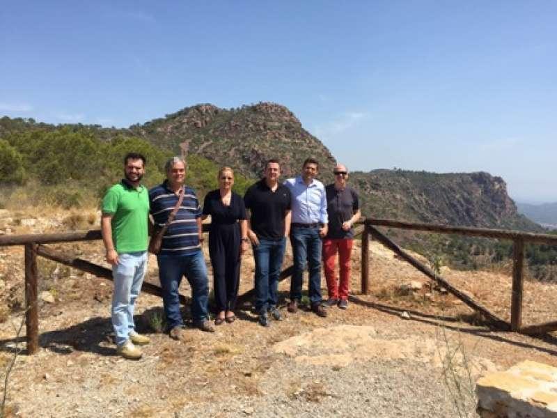 Los diputados populares visitan la Serra Calderona, en Segart. EPDA