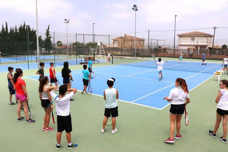Pista de tenis Anabel Medina