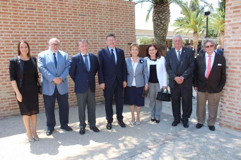 Puig, Moragues y otras autoridades en el aniversario de la Real Acequia de Moncada. EPDA