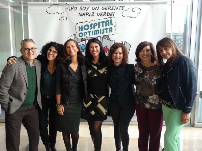 Foto grupa, premiadas, organizadores y gente de la iniciativa. -EPDA