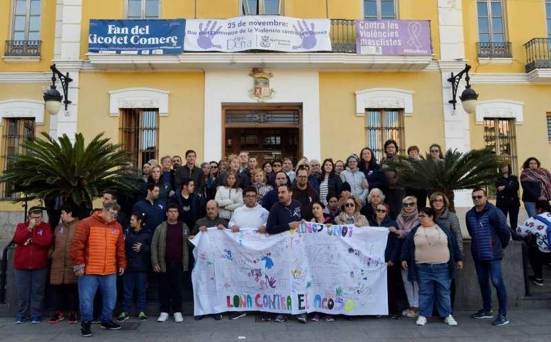Acto en Burjassot contra la violencia de genero. EPDA