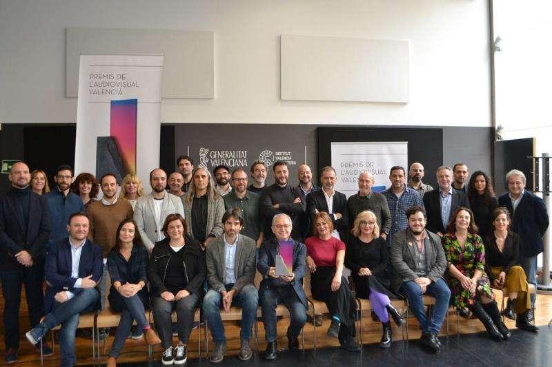 Los premios del Audiovisual Valenciano (en la imagen, de la Generalitat) reconocieron ayer la trayectoria del director Toni Canet.