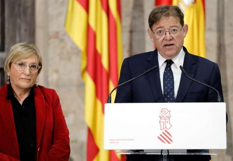 Ximo Puig, y la consellera de Sanidad, Ana Barceló. EFE/Juan Carlos Cárdenas