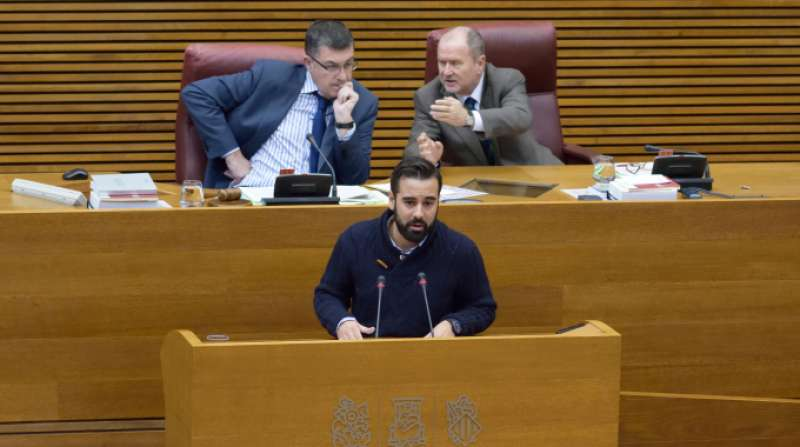 El portavoz adjunto del grupo socialista en Les Corts y portavoz de Hacienda del grupo, José Muñoz