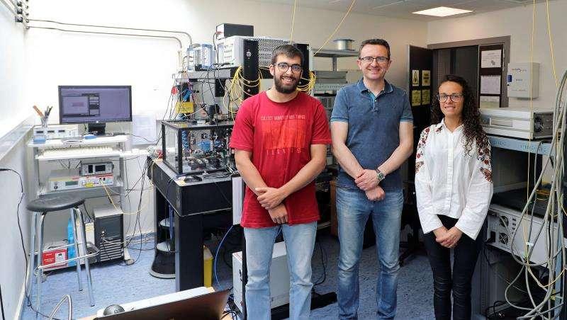 Una imagen de los tres investigadores facilitada por la Universitat Politècnica de València. EFE