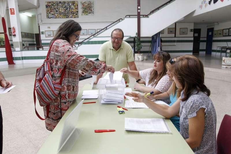 Jornada de votación para la jornada continua en los colegios. EPDA