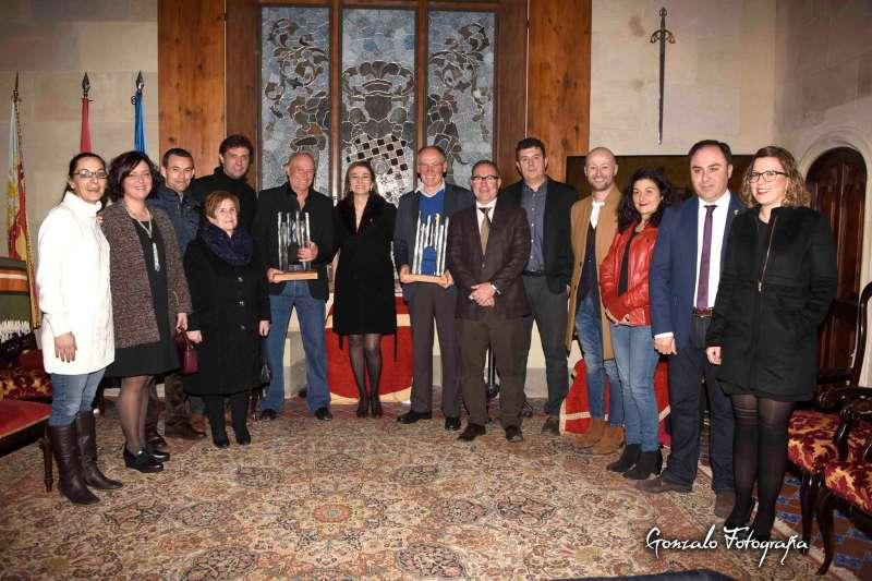 Foto de familia de los premiados de los