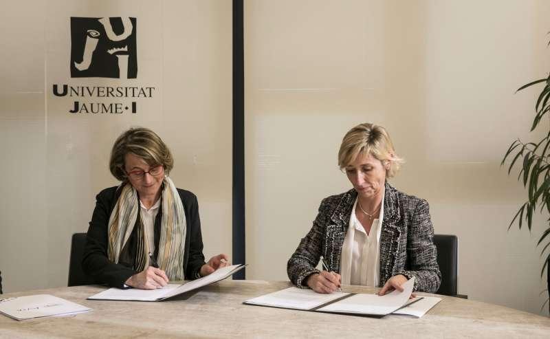 Instante de la firma del convenio. / EPDA