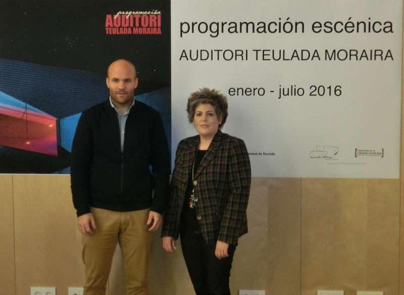 El presidente de la Fundación CV Auditori Teulada Moraira y alcalde, Carlos Linares, y la directora, Maite Serrat