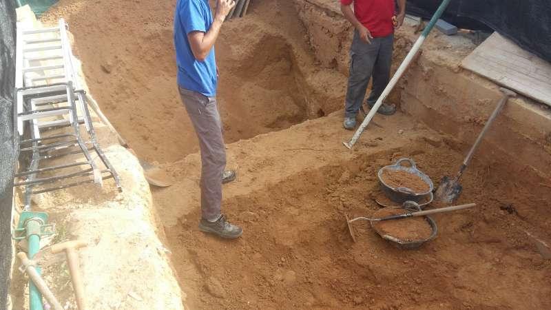 Imagen de la construcción del Mausoleo. EPDA