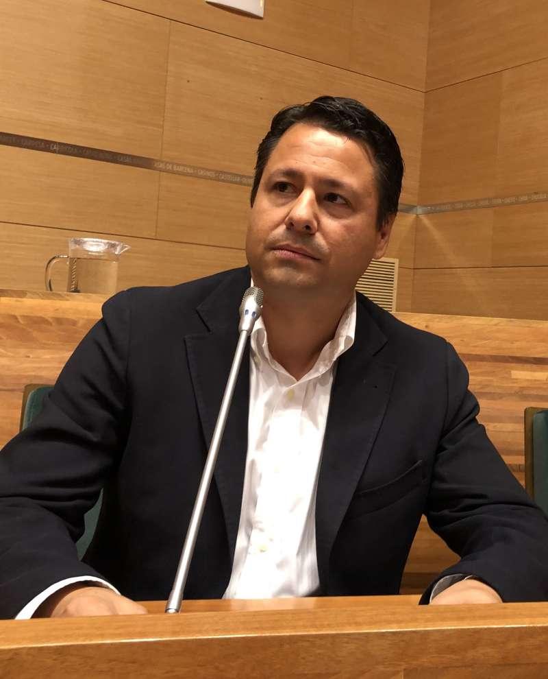 Javier Montero en el pleno de la Diputación. EPDA