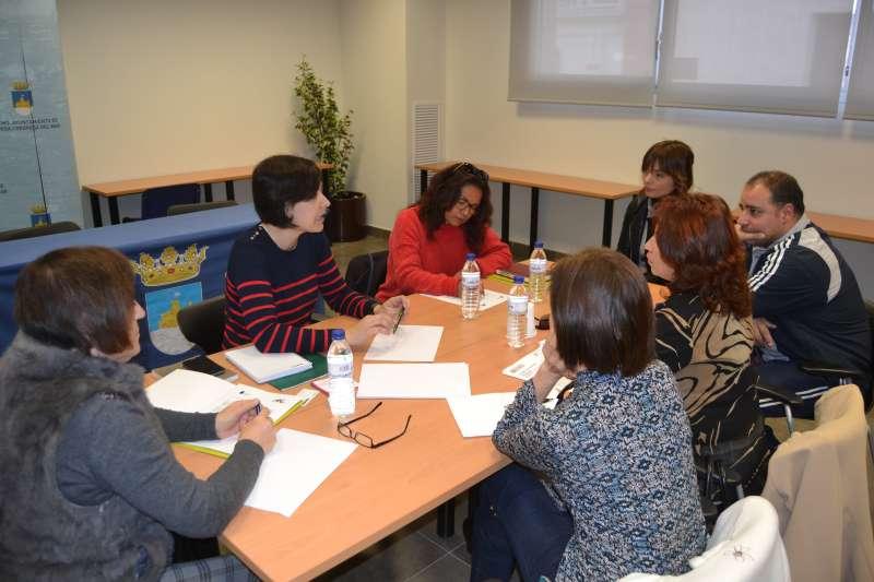 Mujeres de la cooperativa en el Ayuntamiento de Oropesa. EPDA
