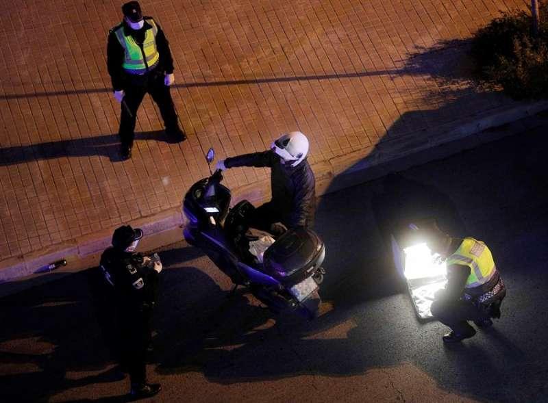 Imagen de archivo de un control policial. EFE/Kai Försterling/Archivo