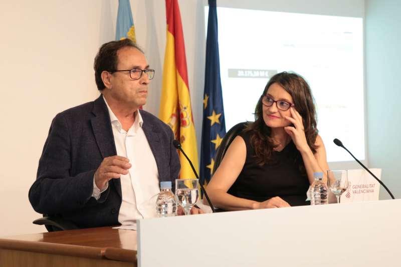 Soler y Oltra, en rueda de prensa posterior al Consell.