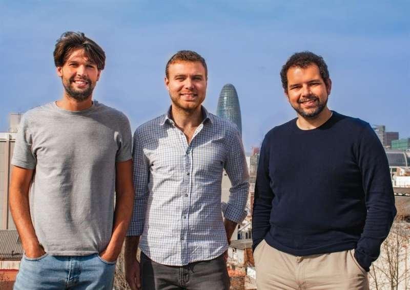 De izquierda a derecha, Enric Durán, Fernando Dellepiana y José Riera, en una imagen facilitada por la compañía. EFE