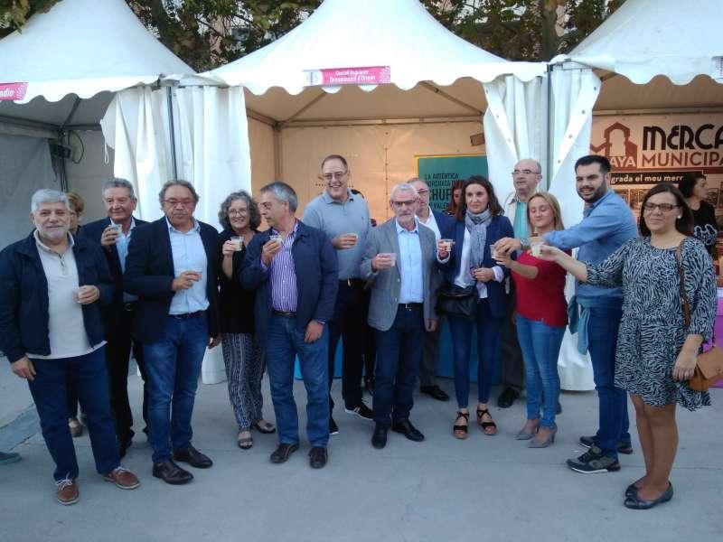 Representantes municipales en la feria de 2017. / EPDA