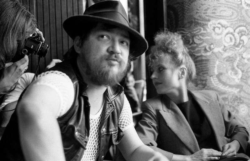 Rainer Werner Fassbinder y su actriz fetiche, Hanna Schygulla, en una imagen difundida por los organizadores del ciclo.