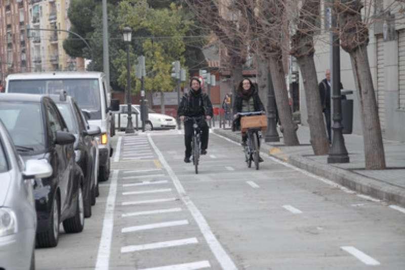 Los ciclistas ya disponen de un tramo de carril bici protegido de 3,2 kilómetros. EPDA