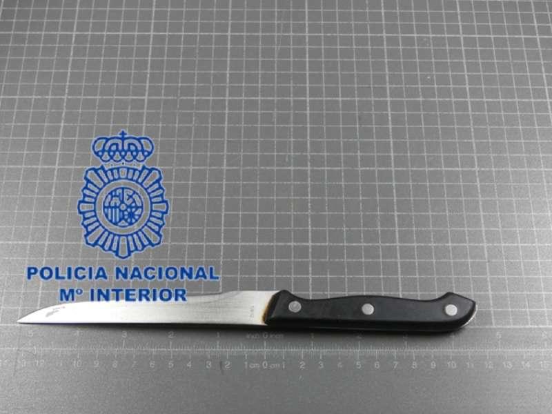 Cuchillo intervenido por la Policía. EPDA