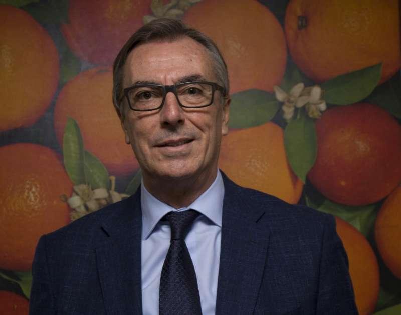 Manuel Arrufat, imagen tomada por los medios de comunicación en el acto. -EPDA