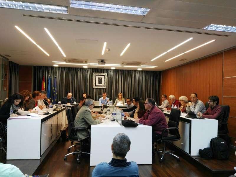 Imagen del Planeo de Riba Roja en reunión/ Epda