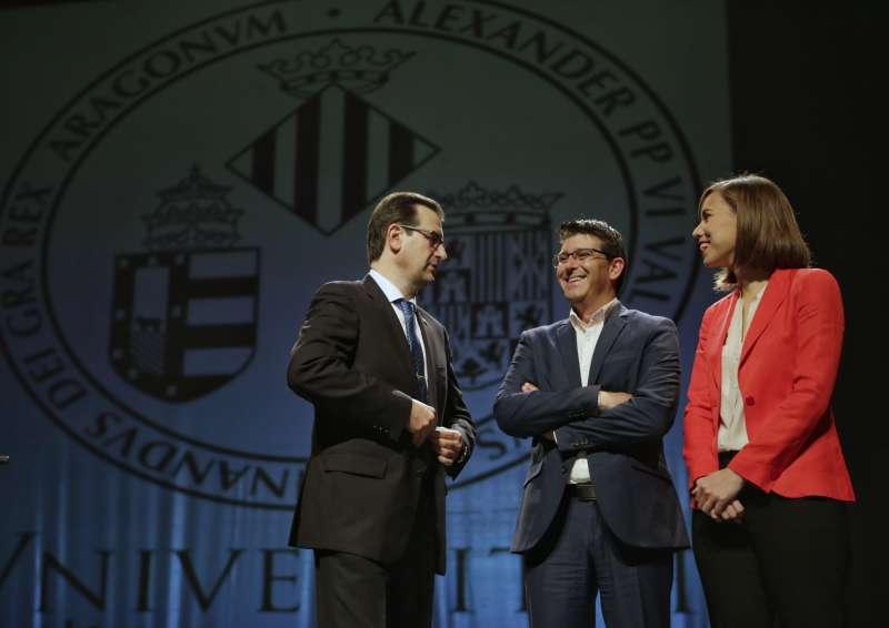 El Presidente de la Dipuatció de València y la alcaldesa de Gandía.