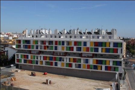 Imagen del edificio de la M16 de Paterna.