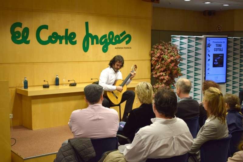 Toni Cotolí, en El Corte Inglés