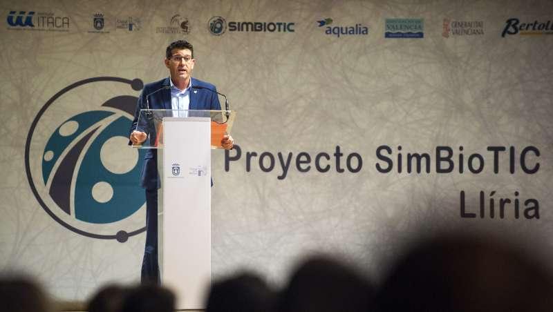 Rodríguez inaugura Proyecto SimBioTIC en Lliria.