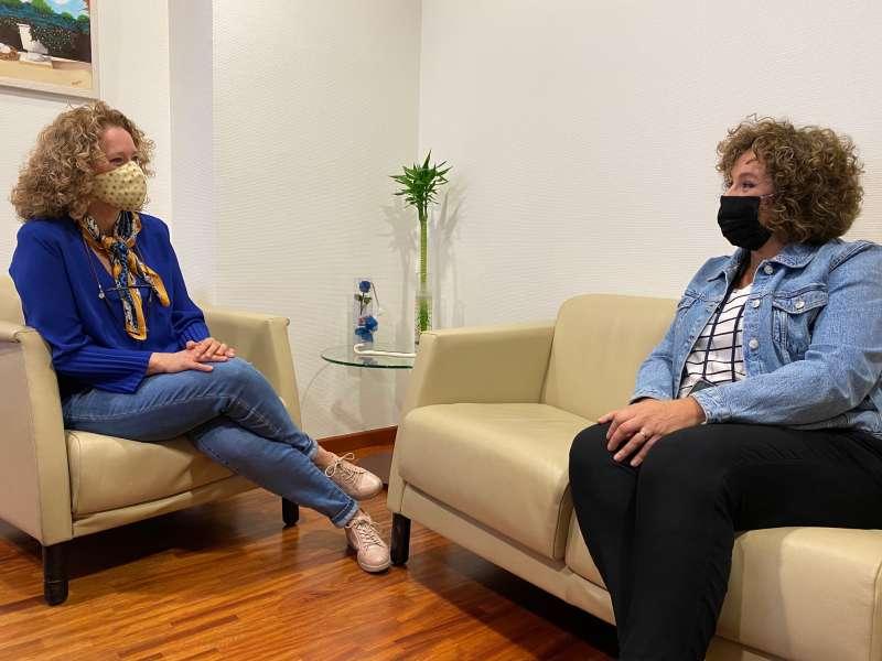 Amparo Folgado y Sandra Alonso