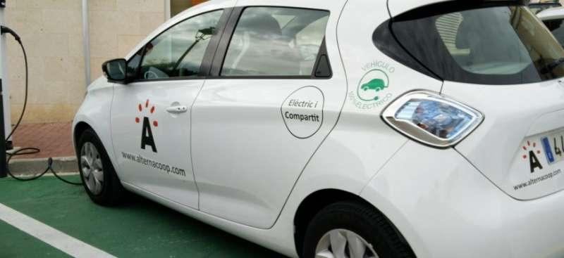 Uno de los vehículos eléctricos de AlternaCoop.- EPDA