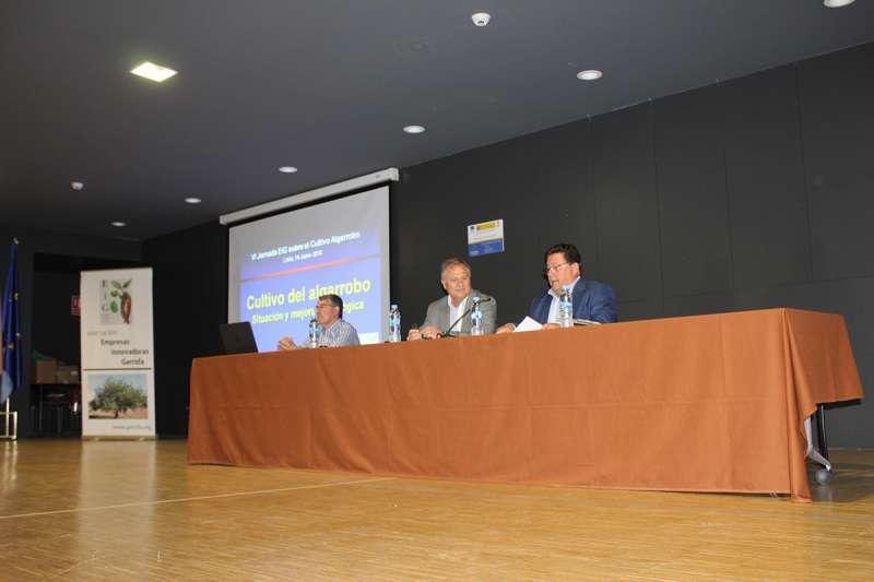 Llíria acoge la VI Jornada del Fomento y Mejora del Cultivo del Algarrobo