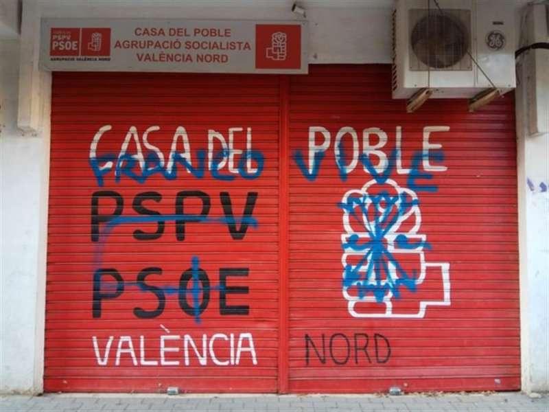 Pintada en sede PSPV. EPDA