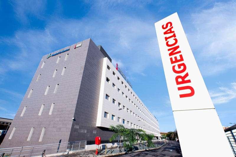 Entrada a Urgencias del Hospital de Manises. EPDA