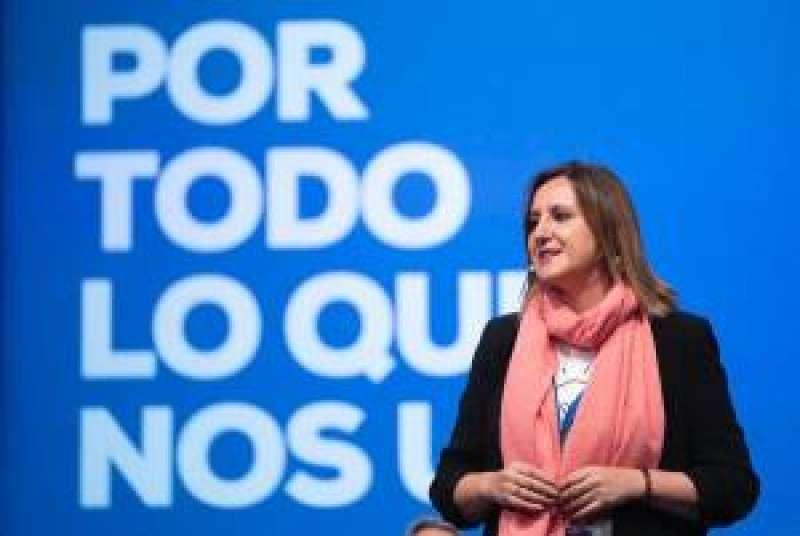 la portavoz del PP en València, María José Catalá, en su intervención en Valladolid. EFE