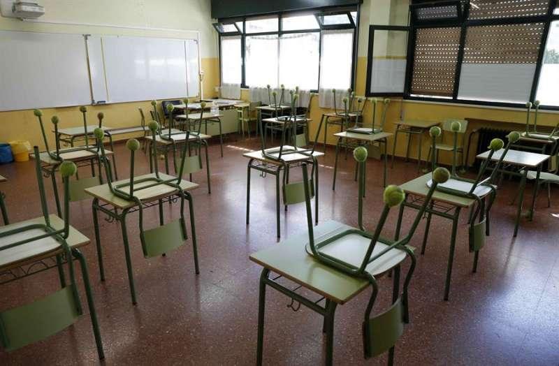Vista de un aula de un colegio, en una imagen de esta semana. EFE/J.L. Cereijido