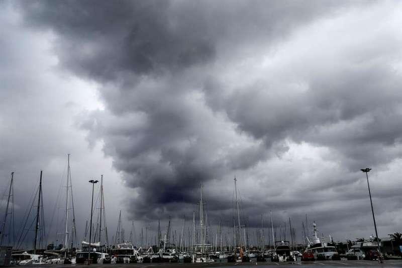 Cielo provocado por el temporal La Dana -EPDA